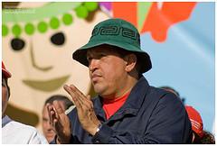 Hugo Chavez un dit dictateur bien généreux envers son peuple ! dans Guerres et Conflits hugo_chavez