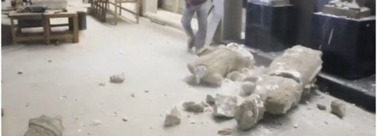 Daesh : Le saccage du musée de Ninive : Un faux grossier